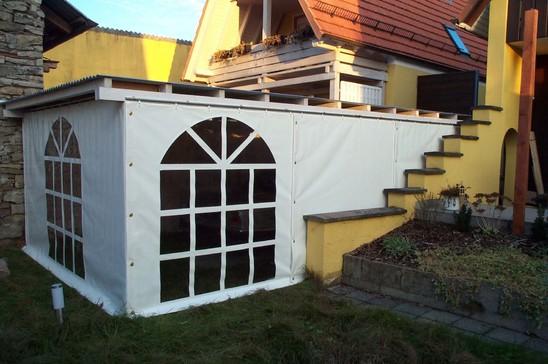 pergola pergolen pergola verkleidung seitenw nde pergola balkon karlsruhe landau. Black Bedroom Furniture Sets. Home Design Ideas